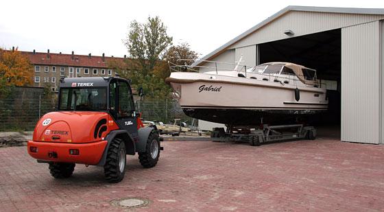 Hausboote im Winterquartier