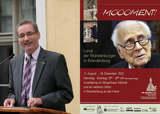 Brandenburgs Ministerpräsident Platzeck und das Ausstellungsplakat