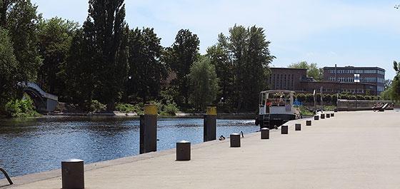 Anleger Jahrtausendbrücke Brandenburg an der Havel
